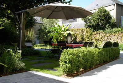 Aubry paysage paysagiste laval saint berthevin for Paysage de jardin